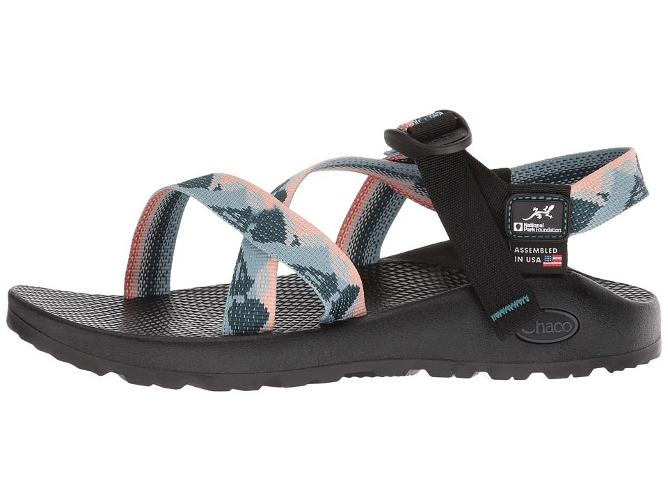 chaco shoes
